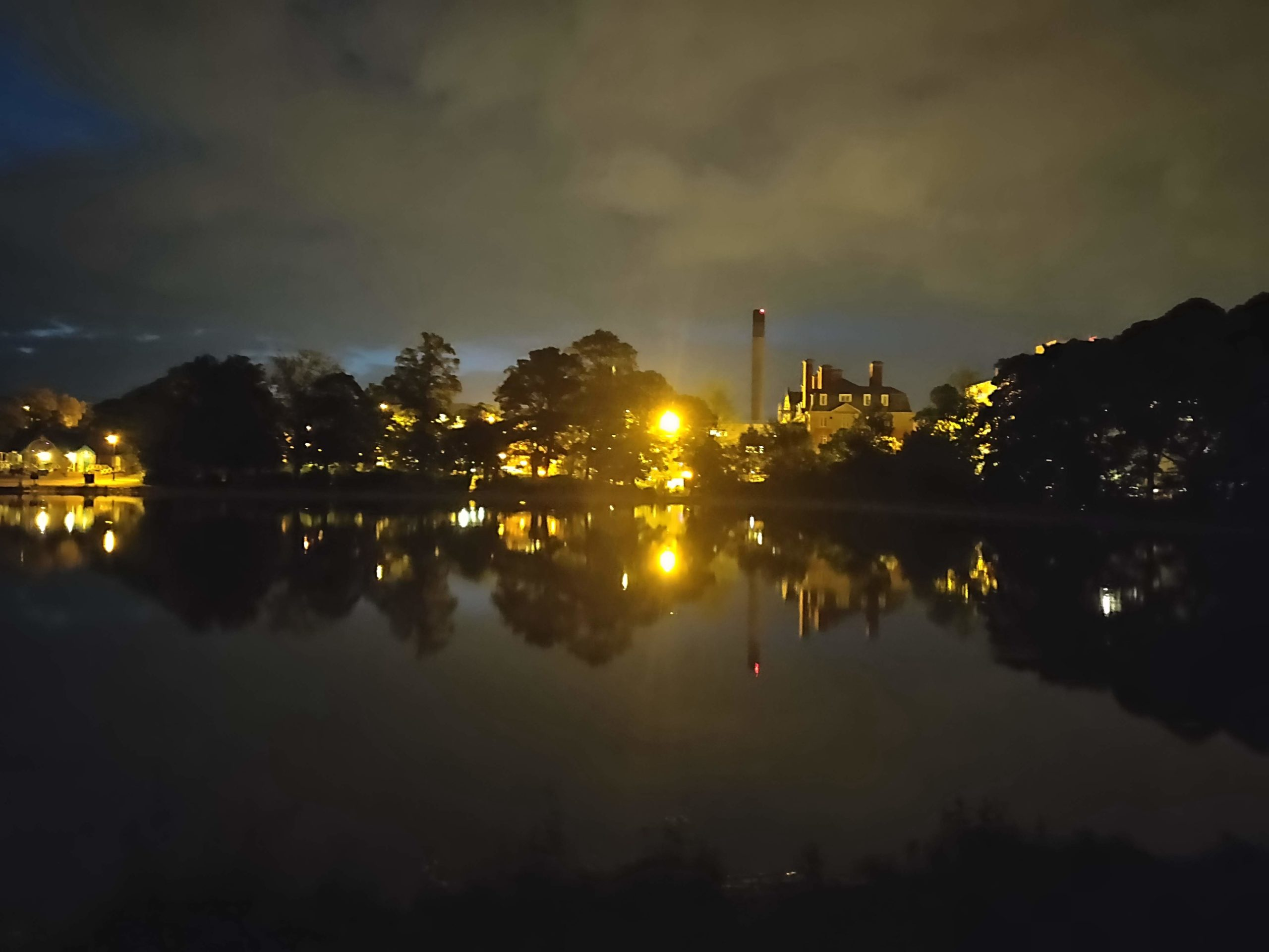 Leazers Park at night
